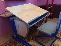 Парта для школьника ДЕМИ - модель СУТ 14-01 клен / синий со стулом СУТ01