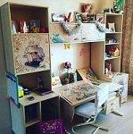 Набор мебели ДЭМИ- парта СУТ 17-04М из массива, стеллажи СМД и надстройка